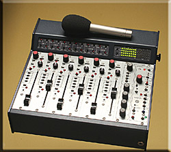 CS 306 Laptop Mixer